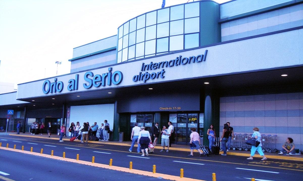Aeroporto Orio Al Serio : Una notte all aeroporto di milano bergamo orio al serio mi