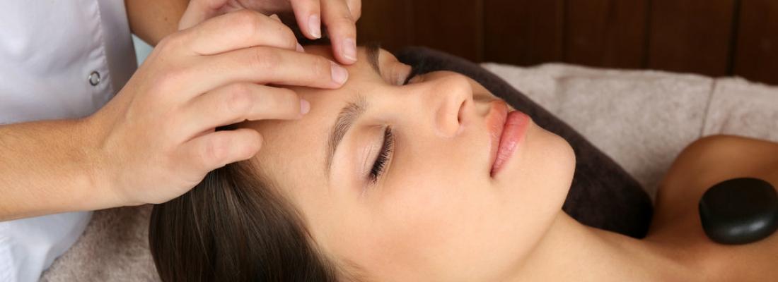I benefici del massaggio olistico. Il benessere che nasce dall'energia
