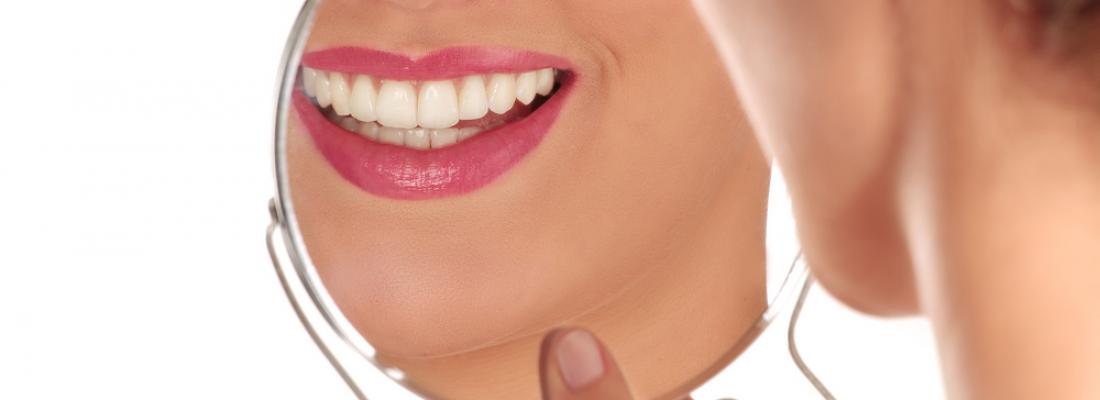 Tre rimedi naturali per avere denti bianchi