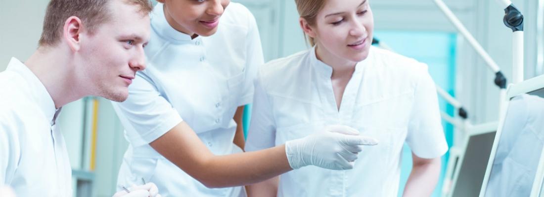 Come diventare assistente di studio odontoiatrico? Uno sguardo sulle ultime novità