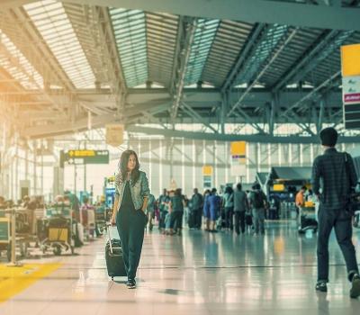 Quali sono i posti più sporchi sugli aerei e negli aeroporti?